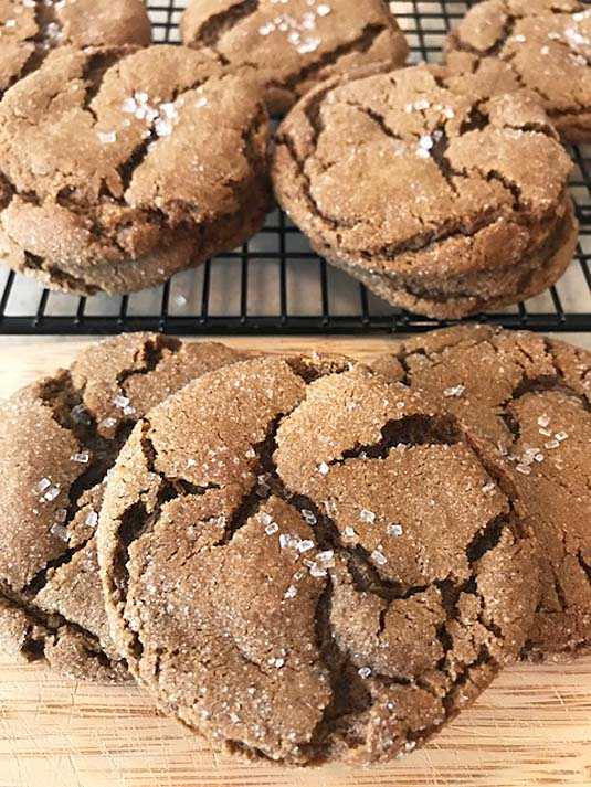 Molasses ginger cookie