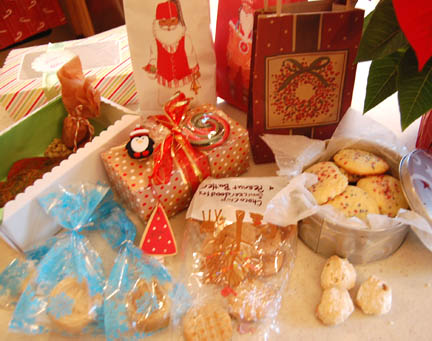 Cookie exchange at Happy Simple Living