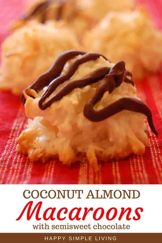Coconut Almond Macaroons   #Christmascookies #holidaycookies #macaroons #homemademacaroons #macaroonrecipe