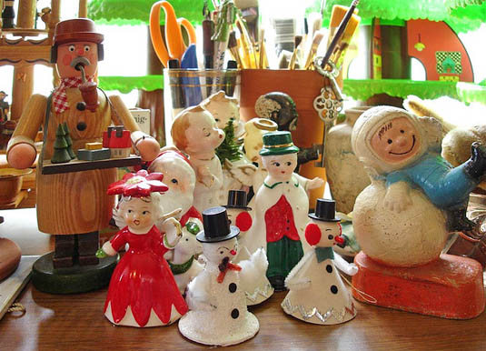 7 ways to prevent holiday clutter