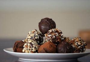 Make homemade chocolate truffles | Happy Simple Living blog