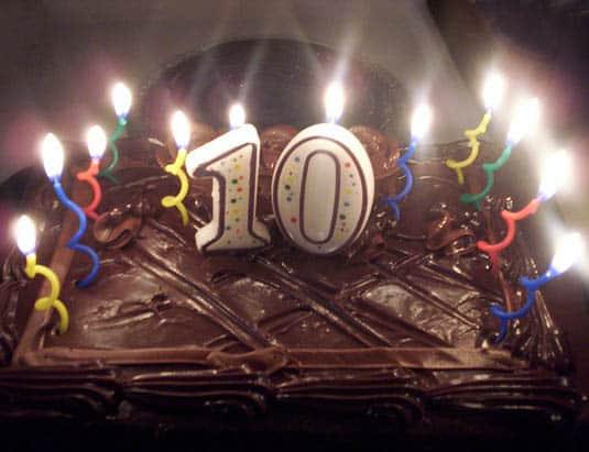 Happy Simple Living blog birthday cake 10 years